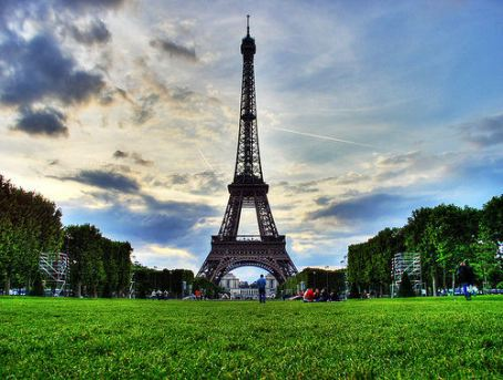 The Eiffel Tower, photo by Al Ianni under Creative Commons.